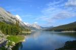 maligne lake, rocky mountains, jasper, road trip, travel, alberta, canada, british columbia